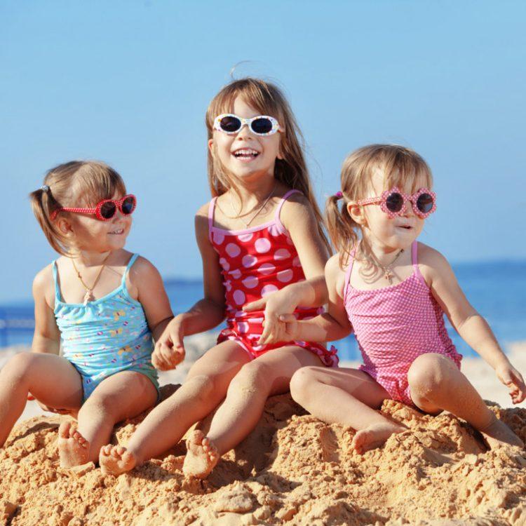 Sulla sabbia, vivi sempre con il sole e il sorriso!